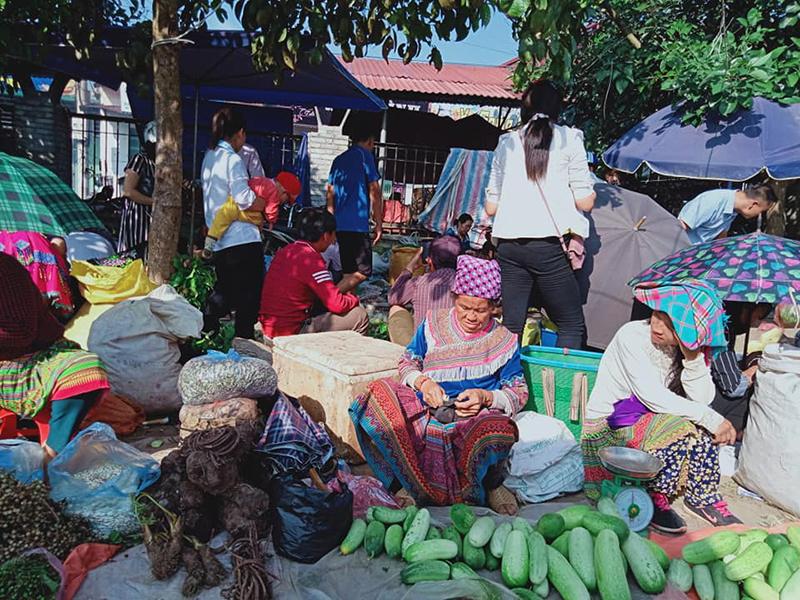 Bac Ha Sunday Market