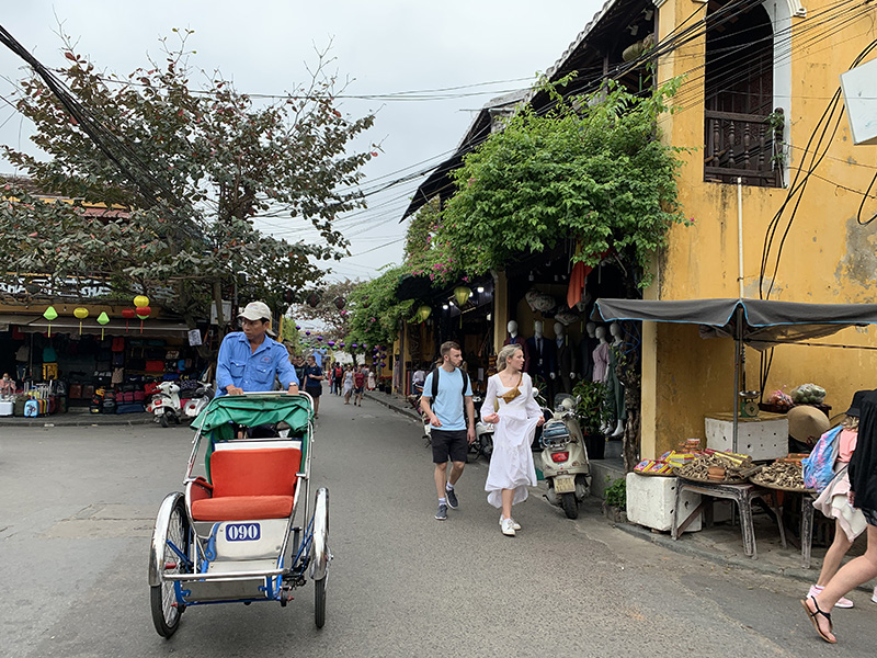 Vietnam could welcome vaccinated foreign tourists starting July: experts