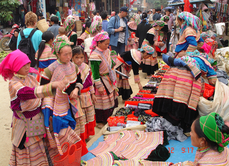 Flower HMong Hill Tribe in Bac Ha Market