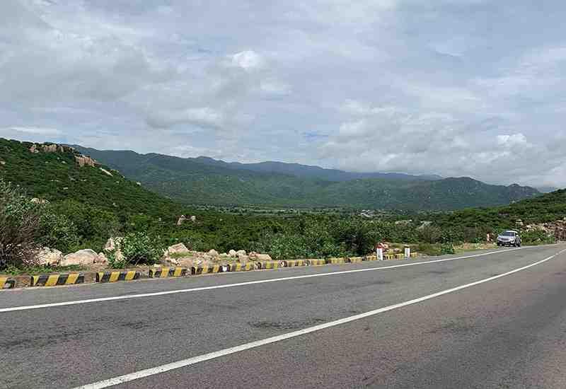 Cycling road in Ninh Thuan