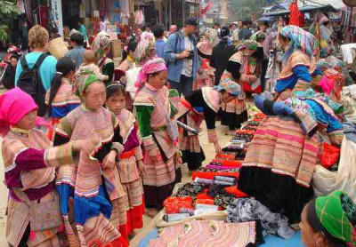 Friday Victoria Package Tour and Bac Ha Market 3N2D