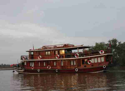 Cai Be - Sa Dec - Can Tho on Douce Mekong Cruise 3 Days