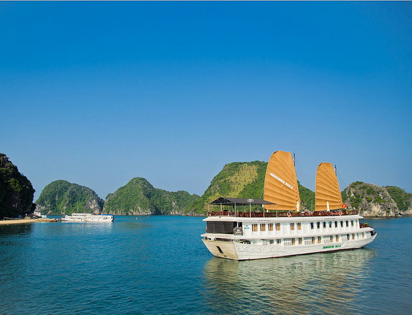 Indochina Sails 02 days