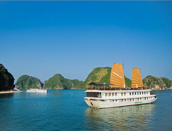 Indochina Sails 02 days
