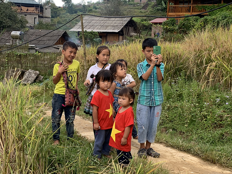 Children in Ta Van Village