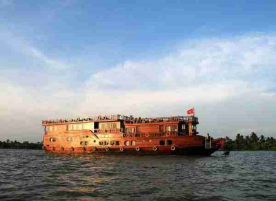 Cai Be - Can Tho cruise on Mekong Eyes 2 days