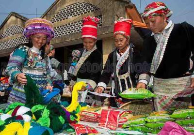 Sapa - Muong Hum Market - Sunday Market