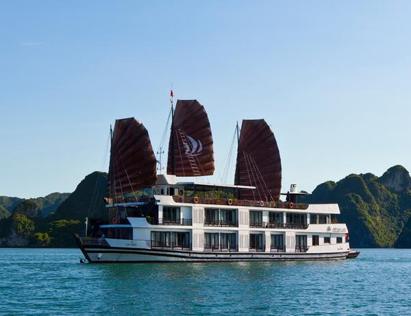 Pelican Luxury Cruise 2 days