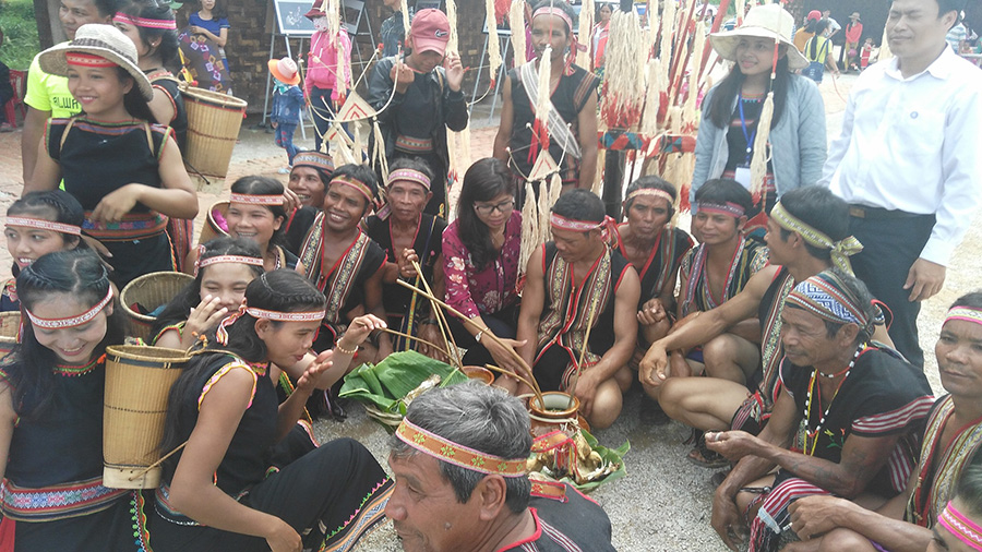 hill tribe in To Nung Village