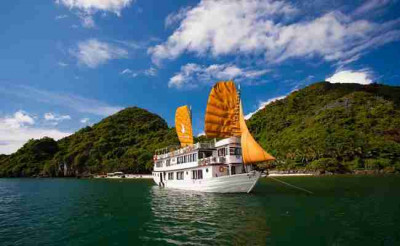 Ha Long Phoenix Cruiser