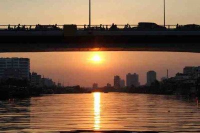 Ho Chi Minh City Sunset in Sai Gon River by Speed Boat