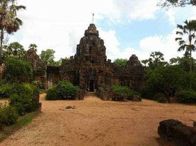 Tonle Bati Phnom Tamao Zoo 1 day tour