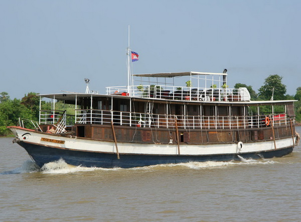 Sai Gon - Siem Reap Cruise by Toum Tiou 8 days