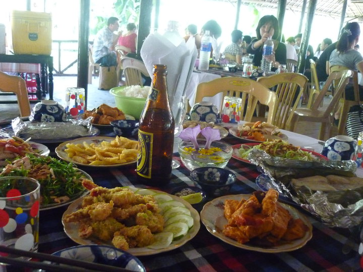 Cham Island diving tour