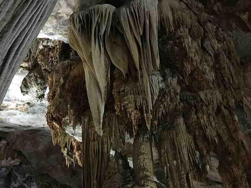 Paradise Cave - Thien Duong Cave