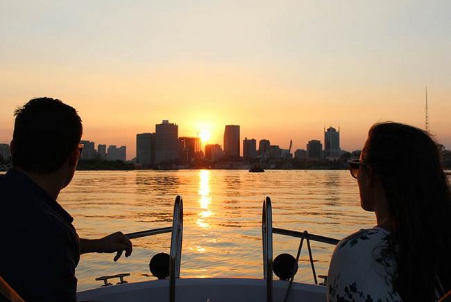 Sai gon river tour