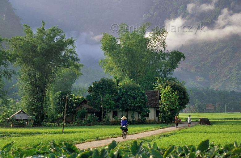 Pu Luong & Mai Chau Hiking Tour, Vietnam Adventure Tours and